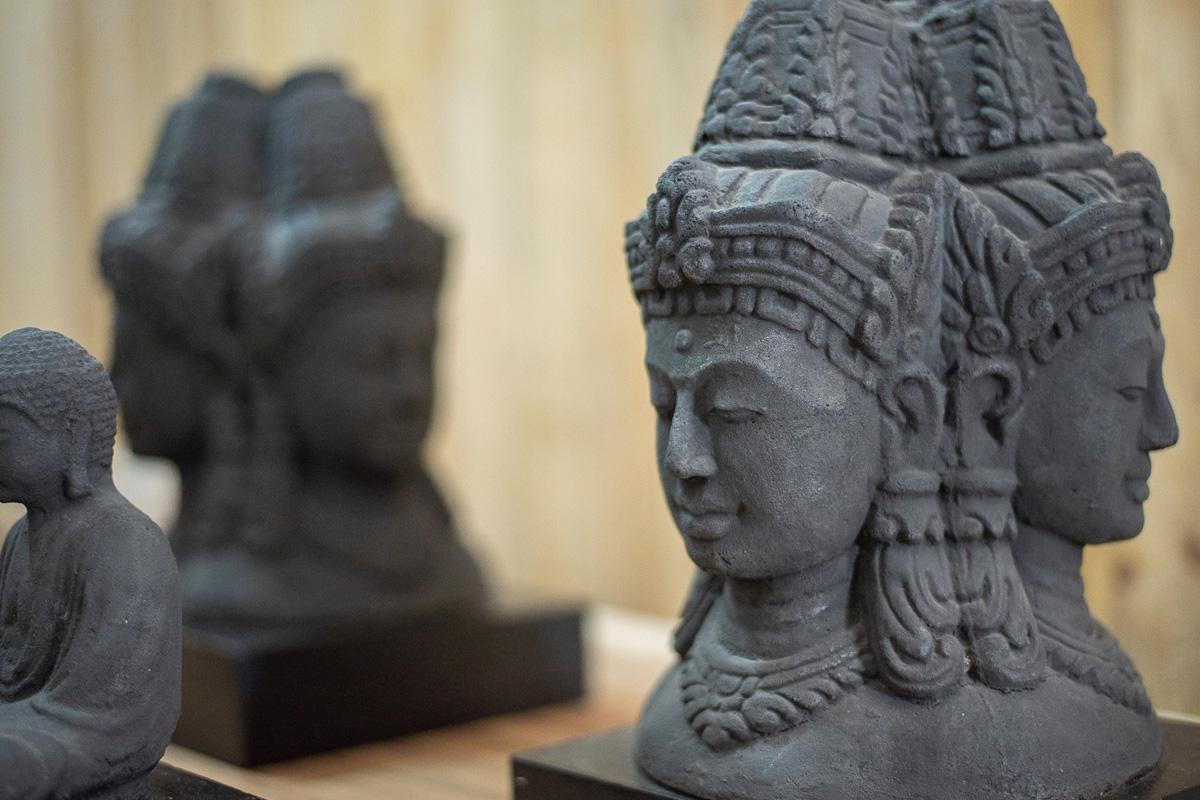 En Deko3 disponemos de esculturas para decorar tu hogar o tu jardín